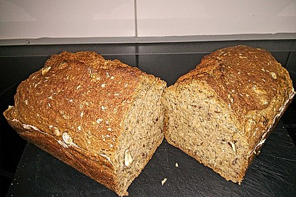 Saftiges Vollkornbrot 82
