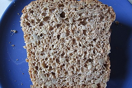 Saftiges Vollkornbrot 146