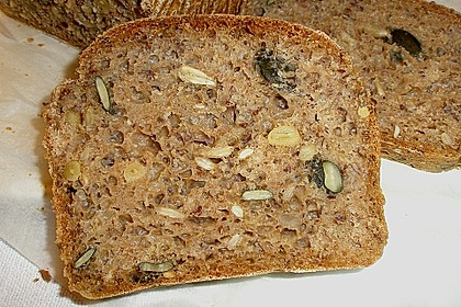 Saftiges Vollkornbrot 0