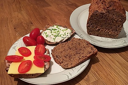 Saftiges Vollkornbrot 10
