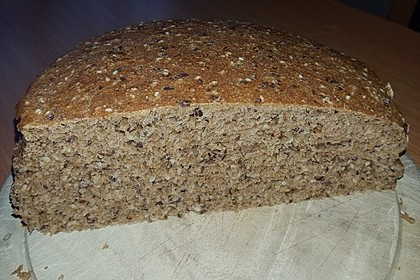Saftiges Vollkornbrot 126