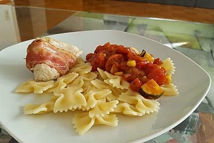 Hähnchenfilet im Schinkenmantel mit Paprika - Zucchini - Gemüse 2