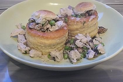 Königinpastetchen mit Hähnchen in einer feinen Estragon - Sahne - Sauce 1