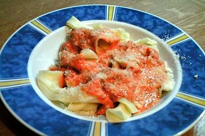 Spaghetti mit Schafskäse und Frischkäse - Pesto - Sauce 3