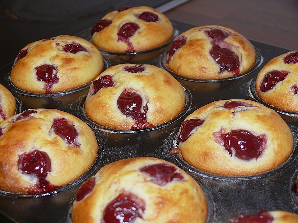 Quark - Kirsch - Muffins (Rezept mit Bild) von MyxinTM | Chefkoch.de