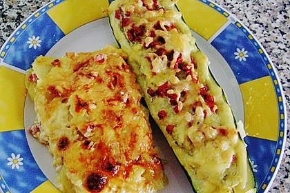 Gefüllte Zucchini 10