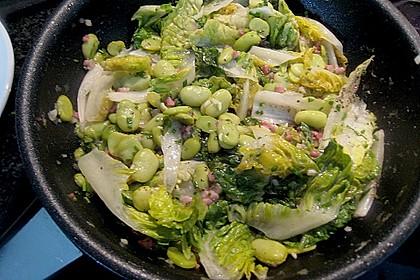 Thunfischsteak mit pikantem Rhabarbergelee auf Schinken, dicken Bohnen und Salat 2