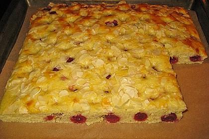 Buttermilch - Kokos - Kuchen mit Kirschen 1