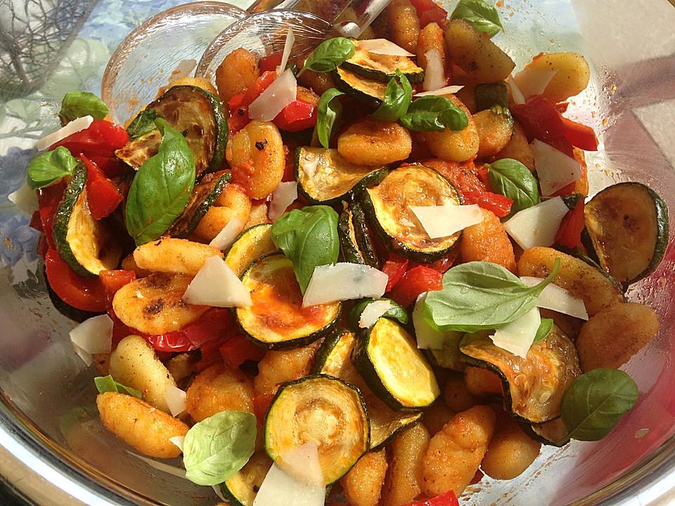 Gnocchi-Salat von honigtöpfchen | Chefkoch.de