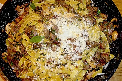 Geflügelleber - Ragout mit Pasta 1