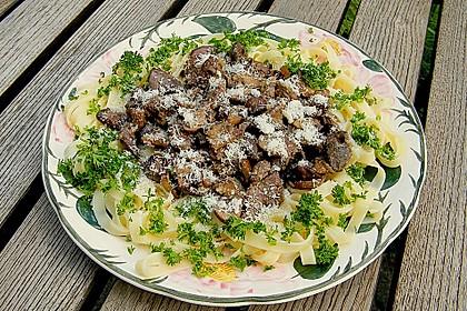 Geflügelleber - Ragout mit Pasta
