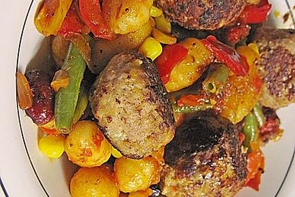 Gnocchi-Gemüse-Pfanne mit Mettbällchen 33