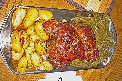 Lammkeule mit Kartoffeln und Bohnen