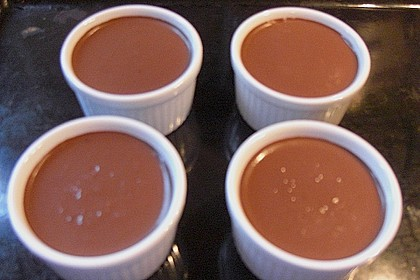 Little Pots of Chocolate 70