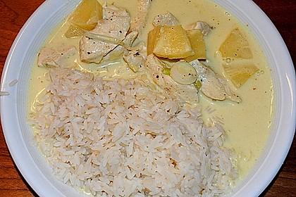Hähnchen-Ananas-Curry mit Kokosmilch 36