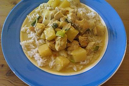 Hähnchen-Ananas-Curry mit Kokosmilch 27
