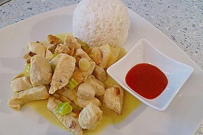 Hähnchen-Ananas-Curry mit Kokosmilch 1