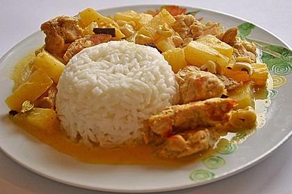Hähnchen-Ananas-Curry mit Kokosmilch 5