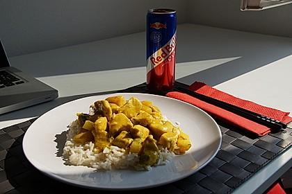 Hähnchen-Ananas-Curry mit Kokosmilch 24