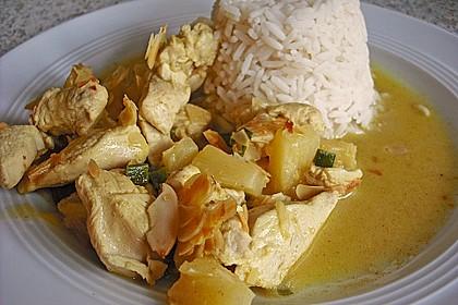 Hähnchen-Ananas-Curry mit Kokosmilch 14