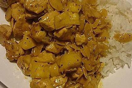 Hähnchen-Ananas-Curry mit Kokosmilch 11