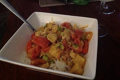 Hähnchen-Ananas-Curry mit Kokosmilch 28