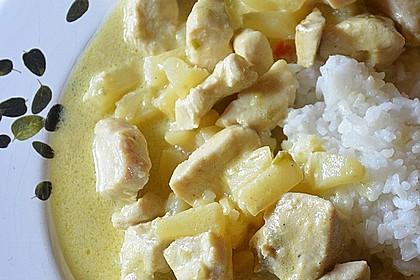 Hähnchen-Ananas-Curry mit Kokosmilch 29