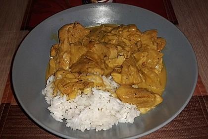 Hähnchen-Ananas-Curry mit Kokosmilch 9