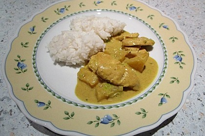 Hähnchen-Ananas-Curry mit Kokosmilch 18