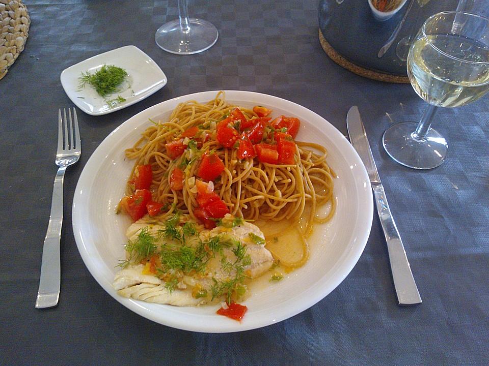 pasta pesce spaghetti mit scharfem fisch von die doellz. Black Bedroom Furniture Sets. Home Design Ideas