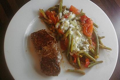 Rindersteaks mit Tomaten - Bohnen und Käsesauce 1