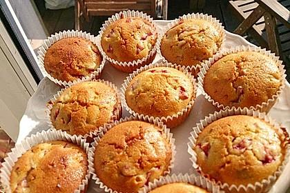 Erdbeer - Rhabarber - Muffins 12