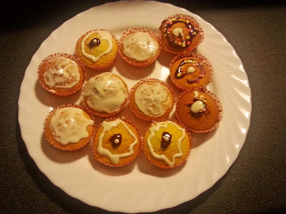zitronen muffins rezept mit bild von djcybergirl. Black Bedroom Furniture Sets. Home Design Ideas