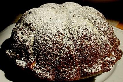 Buttermilch - Gugelhupf mit Pudding und weißer Schokolade