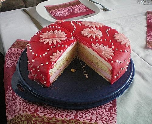 erdbeer maracuja torte rezept mit bild von wuschel27. Black Bedroom Furniture Sets. Home Design Ideas