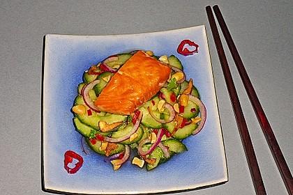 Thai Gurkensalat mit Erdnüssen und Chili 7