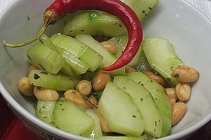 Thai Gurkensalat mit Erdnüssen und Chili 12