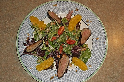 Gemischter Blattsalat mit Entenbrust a l´ Orange 1