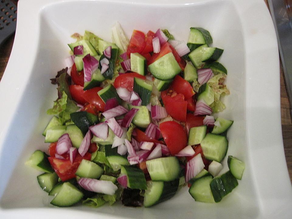 lollo rosso salat mit gurke und tomaten von fannylein. Black Bedroom Furniture Sets. Home Design Ideas