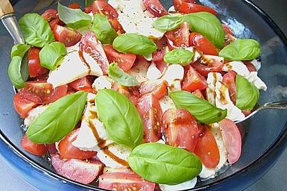 Einfacher Tomate - Mozzarella - Salat 2
