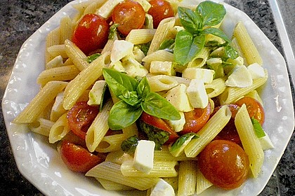 Einfacher Tomate - Mozzarella - Salat 15