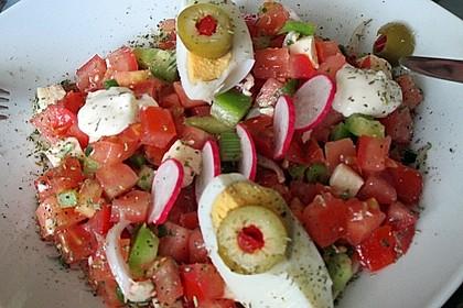 Einfacher Tomate - Mozzarella - Salat 9