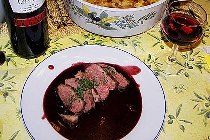 Entenbrust in pikanter Rotweinsauce