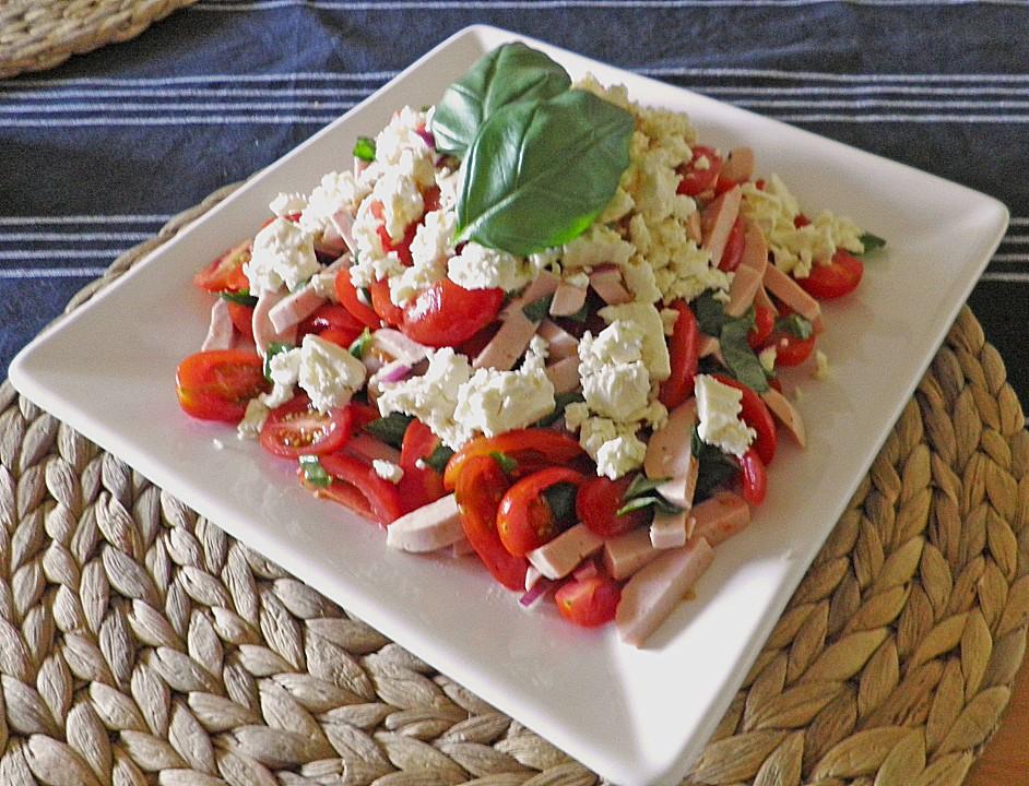 tomaten wurst salat mit schafk se von kipo32. Black Bedroom Furniture Sets. Home Design Ideas
