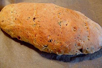 Pane al pomodoro e olive 9