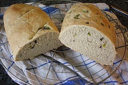 Pane al pomodoro e olive 10
