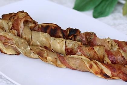 Gegrillte Teigspieße mit Bacon und Knoblauch 6