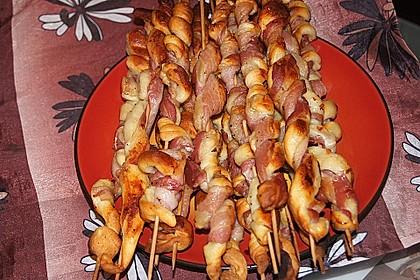 Gegrillte Teigspieße mit Bacon und Knoblauch 9