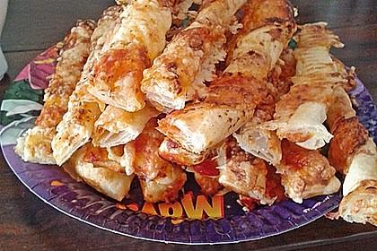 Käsestangen aus Blätterteig 21