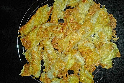 Käsestangen aus Blätterteig 40